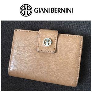 Giani Bernini Wallet